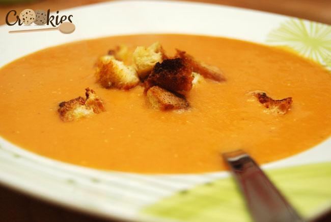 Soupe Lentille Corail Et Lait De Coco Avec Ses Croutons De Curry