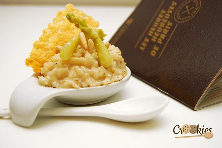 Ma proposition de bouchée apéritive : le risotto aux asperges blanches et sa tuile de parmesan