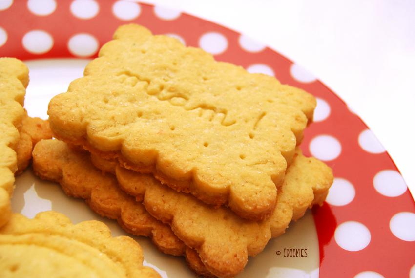 Zoom sur les biscuits sablés à la noix de coco - © Crookies