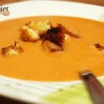Soupe lentille corail-lait de coco avec ses croutons croustillants au curry