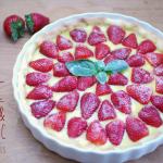Tarte aux fraises et sa crème pâtissière au basilic d'après la recette Herta - © Crookies